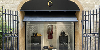 Coqueline Boutique Montpellier vend des articles de mode féminine haut de gamme de grands couturiers ainsi que des vêtements de créateurs en devenir en centre-ville (® coqueline)