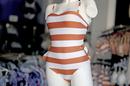 Papillon Lingerie Gignac vend des maillots de bain  (® SAAM fabrice Chort)