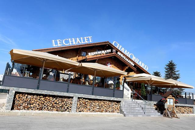 Le Chalet Chamoniard Lattes est un restaurant traditionnel et savoyard avec des fondues, des raclettes, des grillades, salades et autres plats traditionnels (® SAAM-Fabrice Chort)